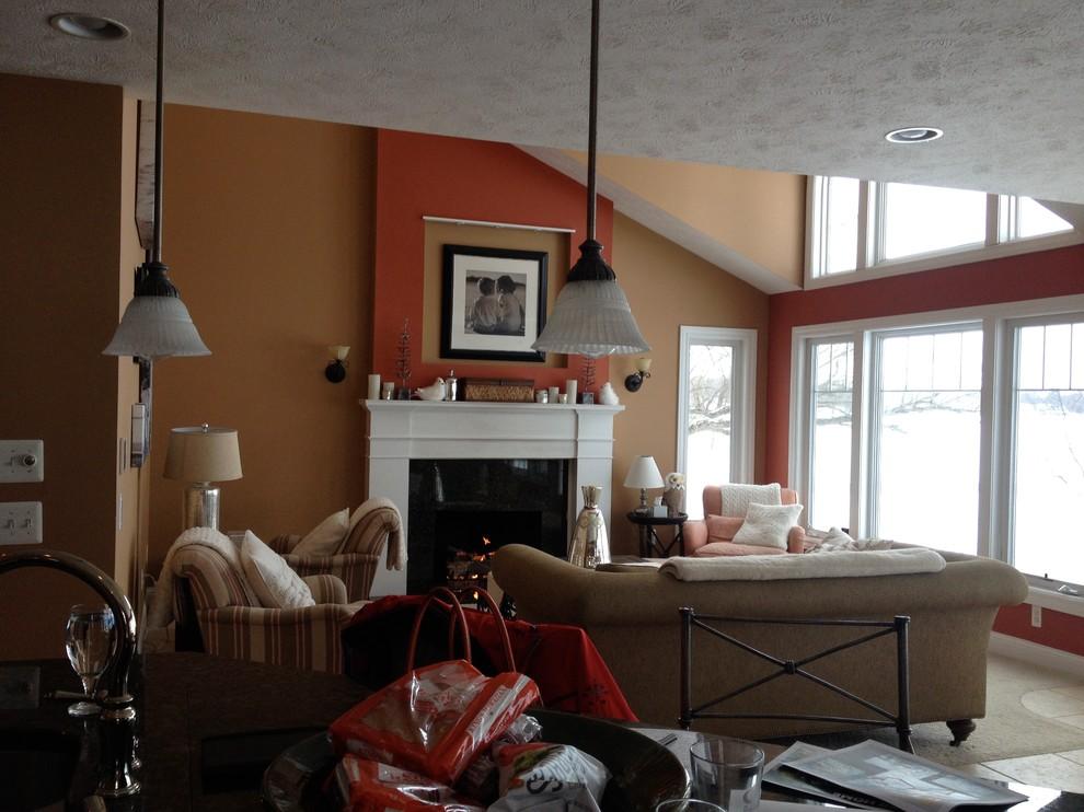 Оформление современного камина в интерьере дома - Фото 11