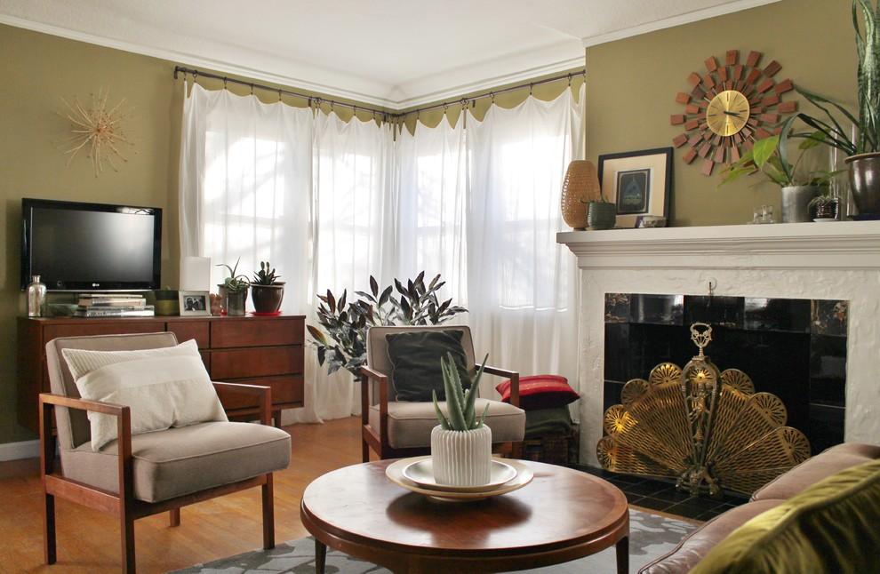 Оформление современного камина в интерьере дома - Фото 20