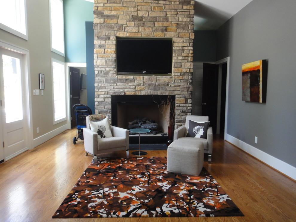 Оформление современного камина в интерьере дома - Фото 25