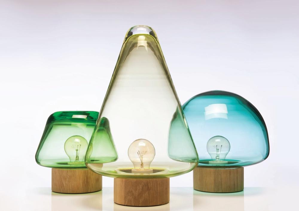 Норвежский дизайн: необычное цветное стекло для ламп
