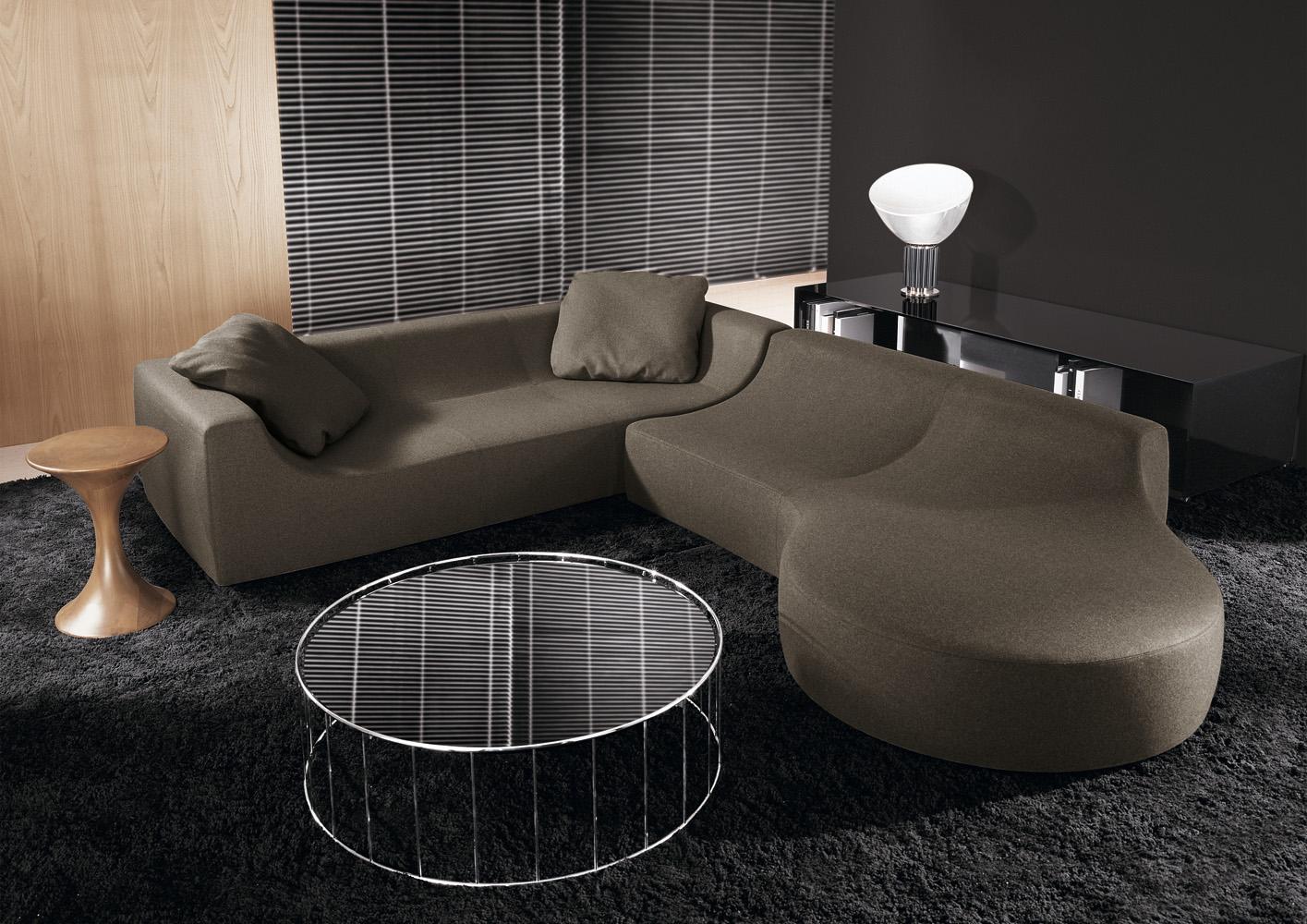 Современные диваны в интерьере гостиной - диван Hockney