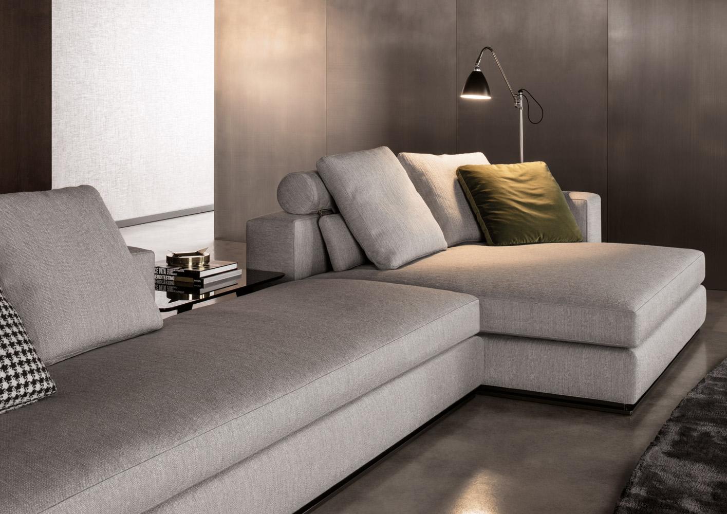 Современные диваны в интерьере гостиной - диван Leonard. Общий вид