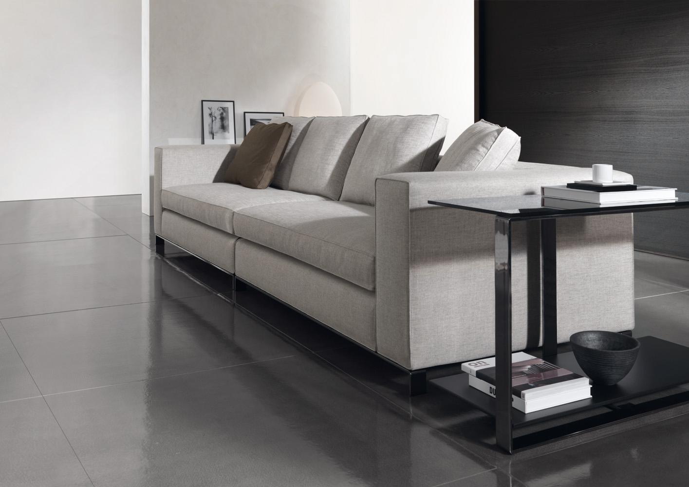 Современные диваны в интерьере гостиной - диван Williams