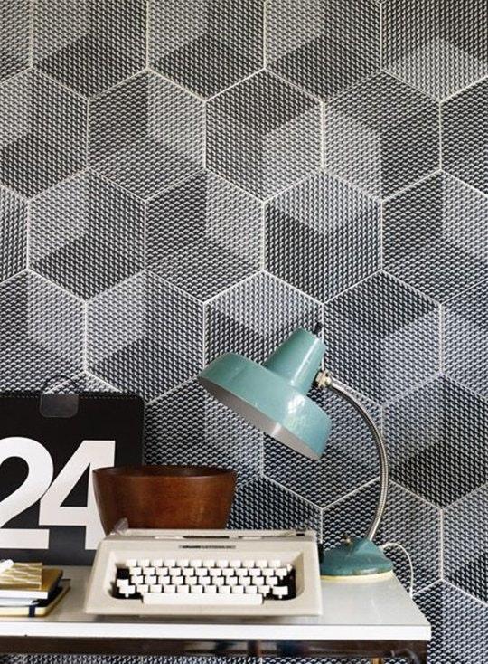 Интересные идеи мозаичной плитки: двухцветные ромбы