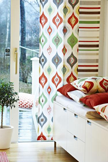 Разноцветные шторы от Pira Inredning