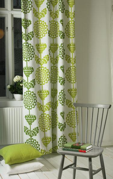 Зеленые шторы от Pira Inredning