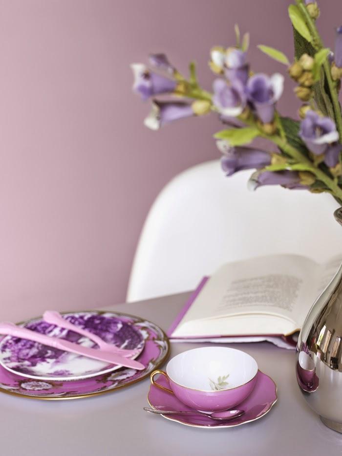 Посуда и сервиз фиолетового цвета