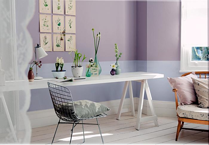 Двухцветное оформление стен в интерьере