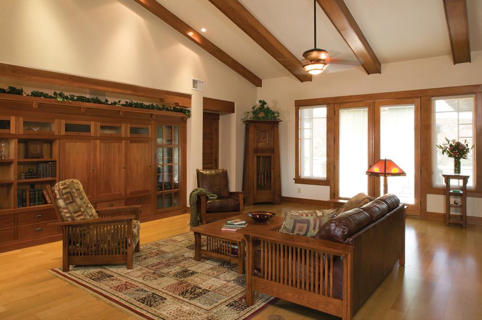 Деревянная мебель в стиле ретро