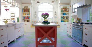 Старинные предметы в интерьере кухни