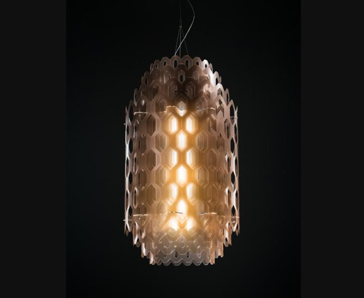 Чудесная стеклянная лампа из коллекции Chantal Light