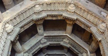 Уникальные забытые гидросооружения Индии: ступенчатые водяные скважины