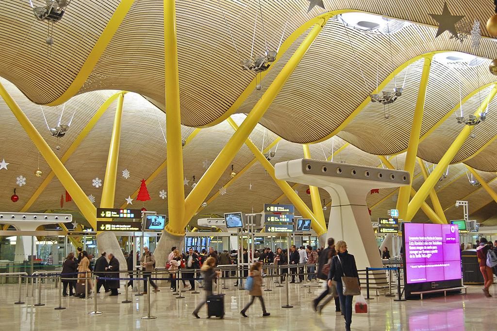 Стиль хай-тек в архитектуре: терминал аэропорта