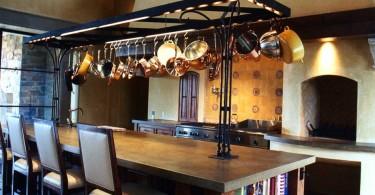 Кухня с островом от JMA (Jim Murphy and Associates)