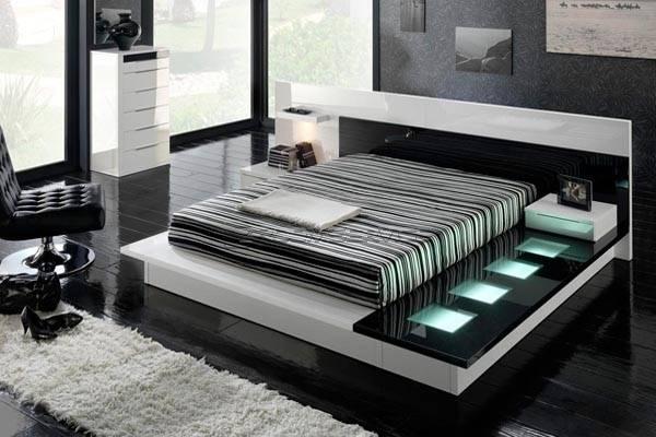 Красивое оформление спальной комнаты