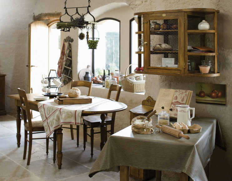 Стиль прованс в интерьере столовой