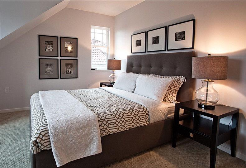 Роскошная коричневая кровать в интерьере спальни