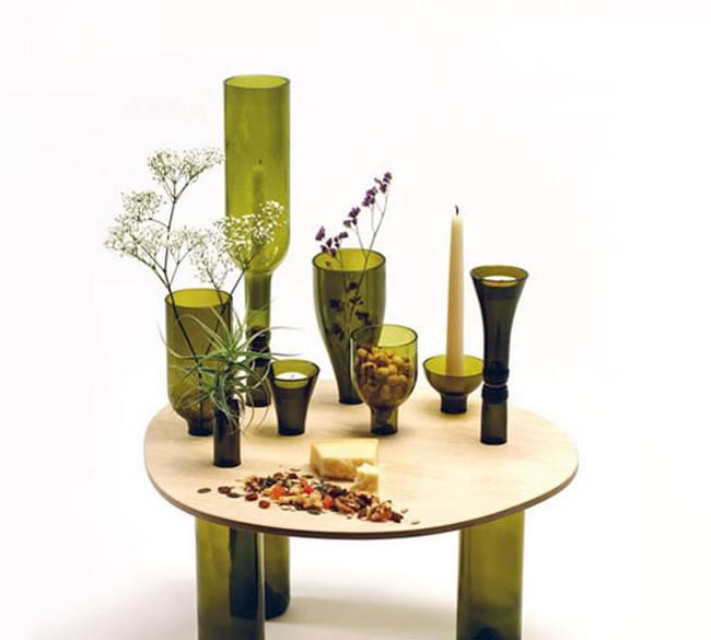 Стол из бутылок от вина: сочетание эстетики и экологических материалов