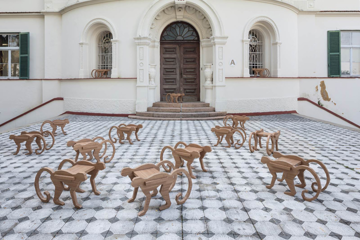 Оригинальные табуреты от HENRIQUE STEYER в Бразилии
