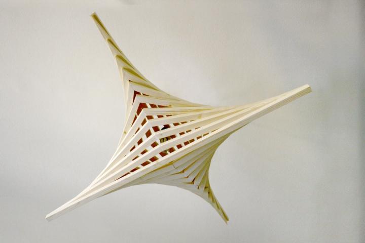 Удивительный деревянный светильник от Benjamin Migliore