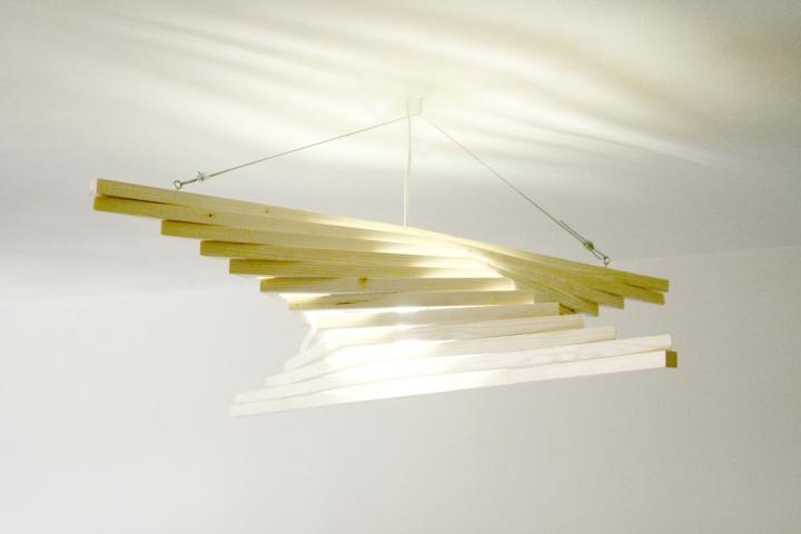 Классный деревянный светильник от Benjamin Migliore