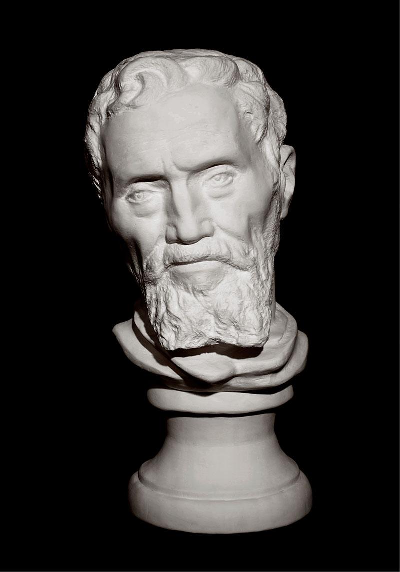 Уникальная скульптура из бумаги