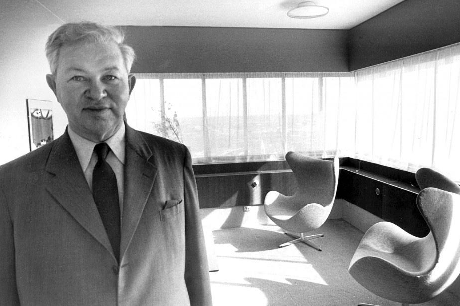 Арне Якобсен и стулья по его проекту в отеле SAS Royal Hotel