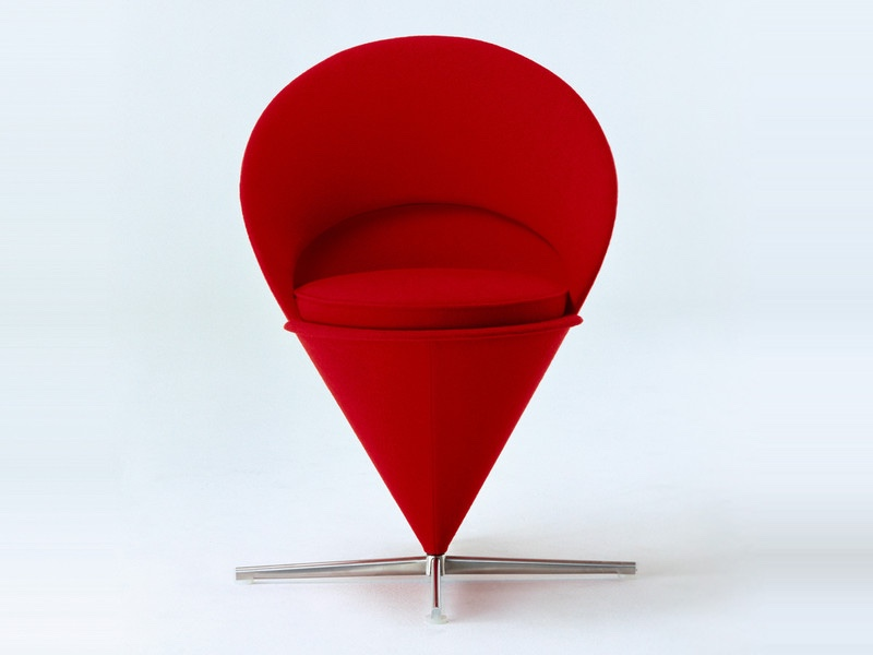 Стулья 50-х годов - красный стул конусной формы