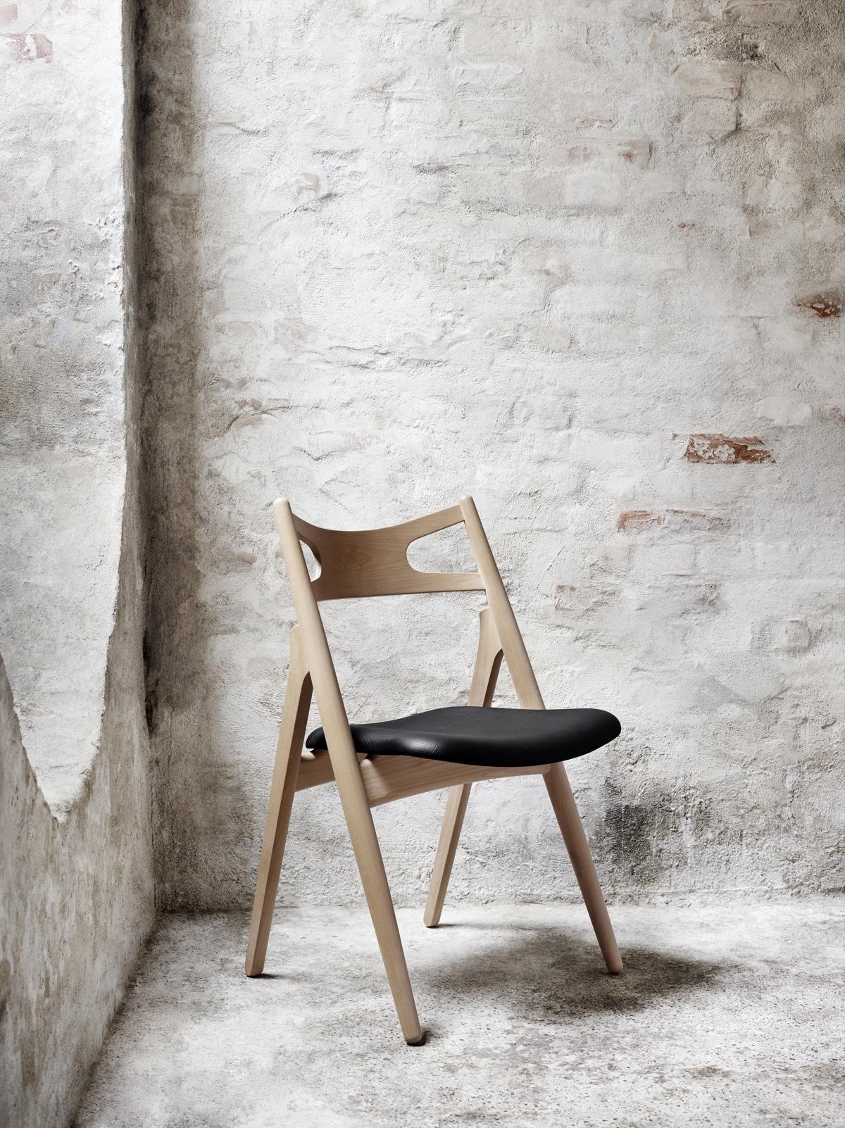 Деревянный стул 50-х годов с необычными ножками
