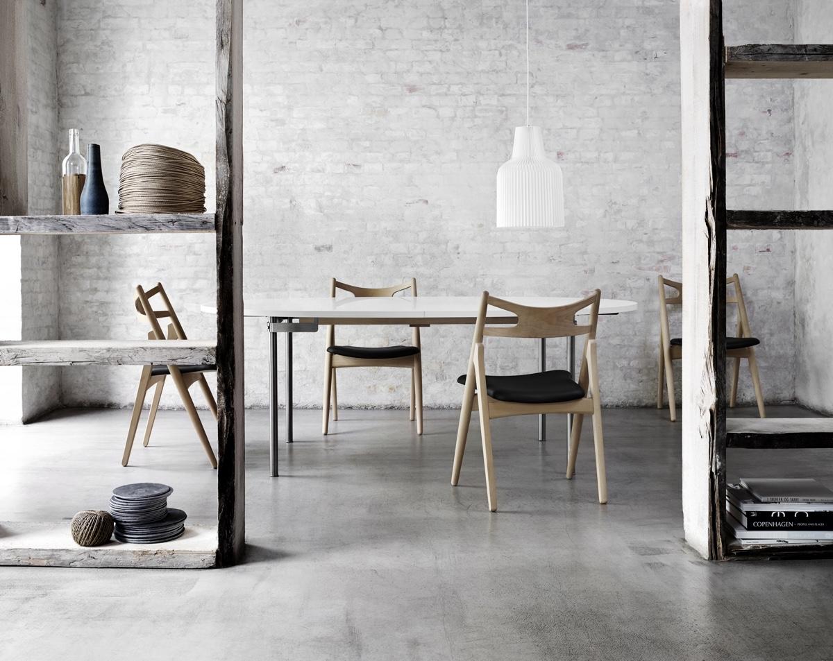 Деревянные стулья 50-х годов в скандинавском стиле
