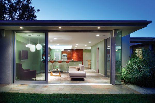 Креативные раздвижные стеклянные двери в доме