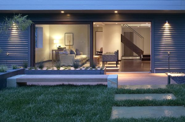 Уникальные раздвижные стеклянные двери в доме
