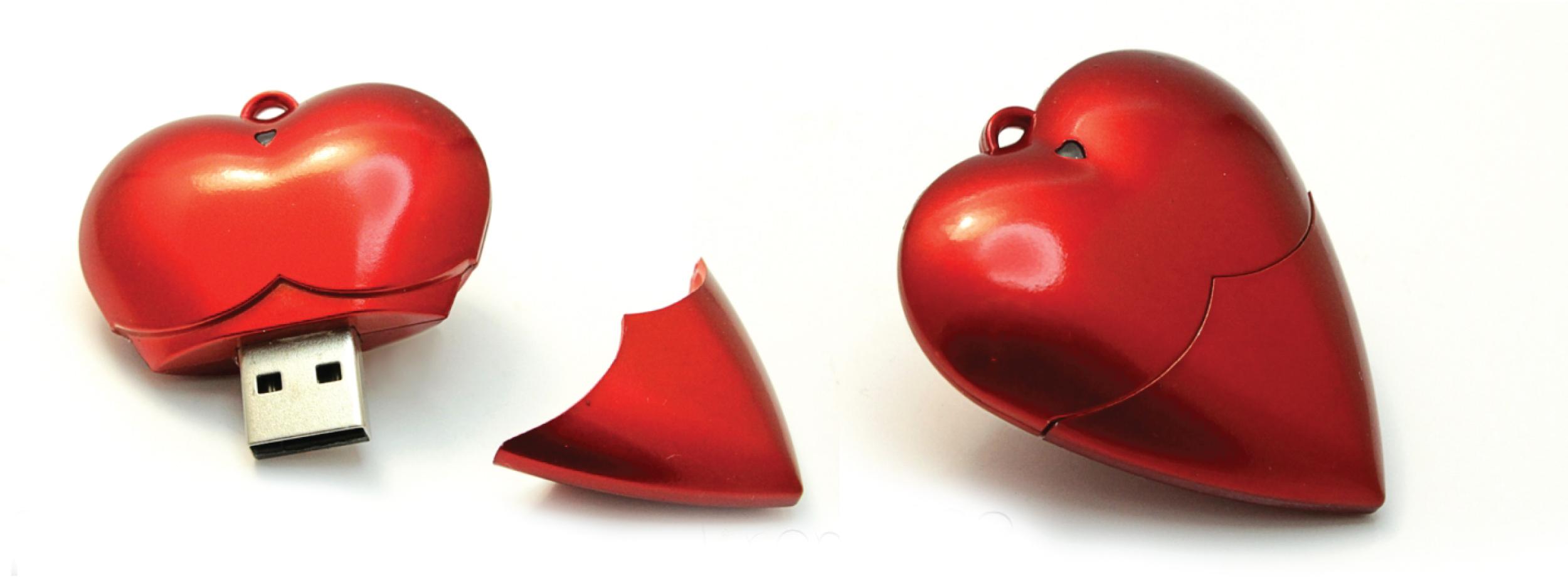 Красный брелок-флешка в форме сердца