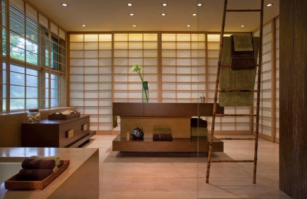 Чудесная ванная комната в японском стиле