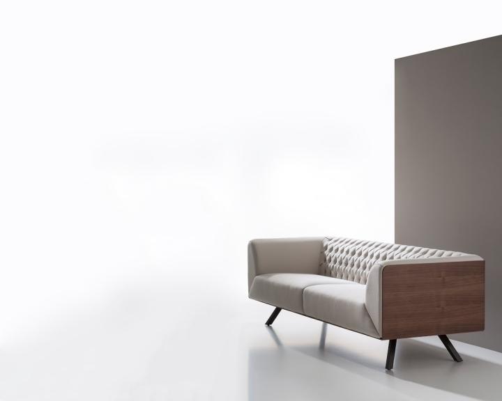 Дизайнерский диван белого цвета