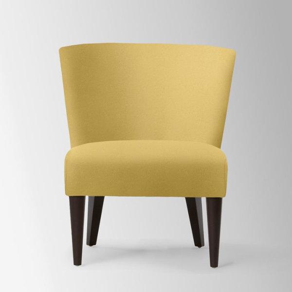 Желтое кресло без подлокотников