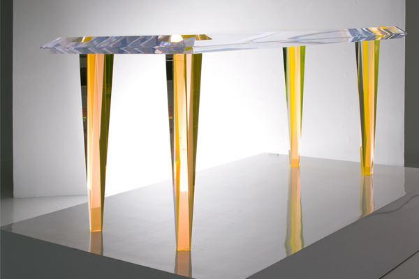 Красивый столик