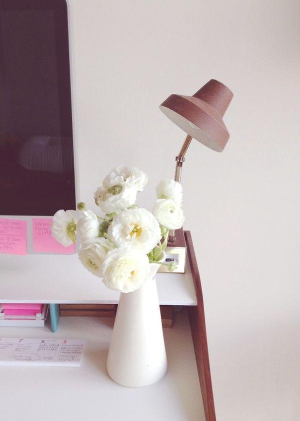Цветы в интерьере кабинета