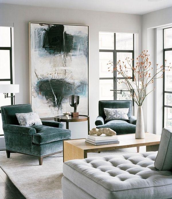 Абстрактная картина в интерьере гостиной