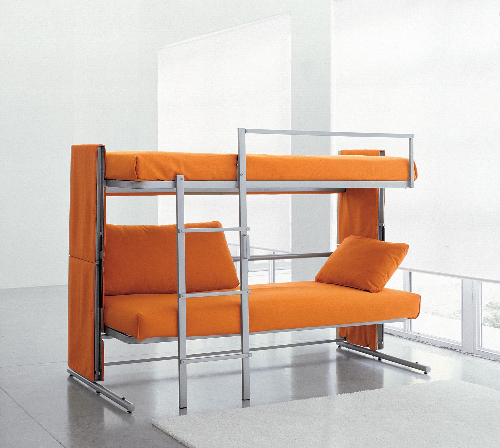 Прекрасный трансформер: диван в кровать