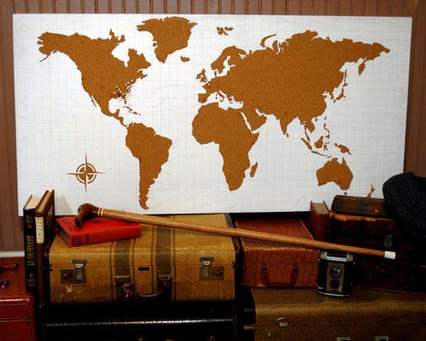 Настенное панно с рисунком карты мира