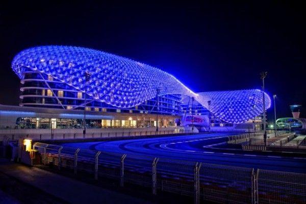 Уникальная световая инсталляция от Asymptote Architecture