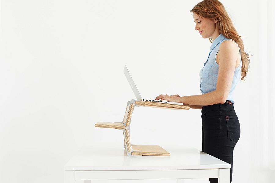 Удивительная  подставка под ноутбук