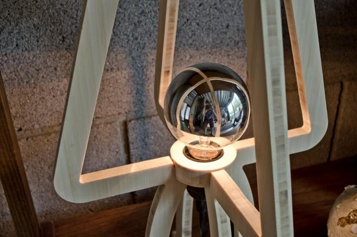Удивительный дизайн лампы TRACE