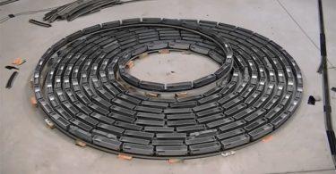 Модель железной дороги от Джеймса Риснера: бесконечное движение с гипнотическим эффектом