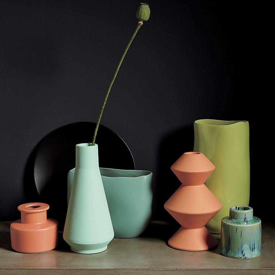 Яркие вазы от СВ2