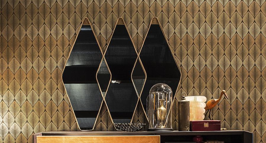 Геометрические зеркала в оформлении гостиной