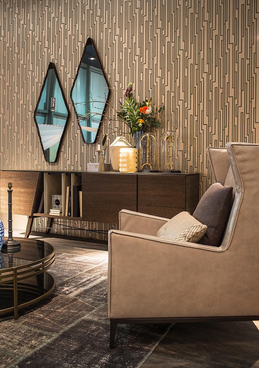 Прекрасные геометрические зеркала в оформлении гостиной