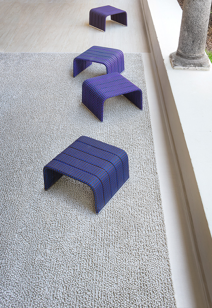 Креативные стулья на террасе