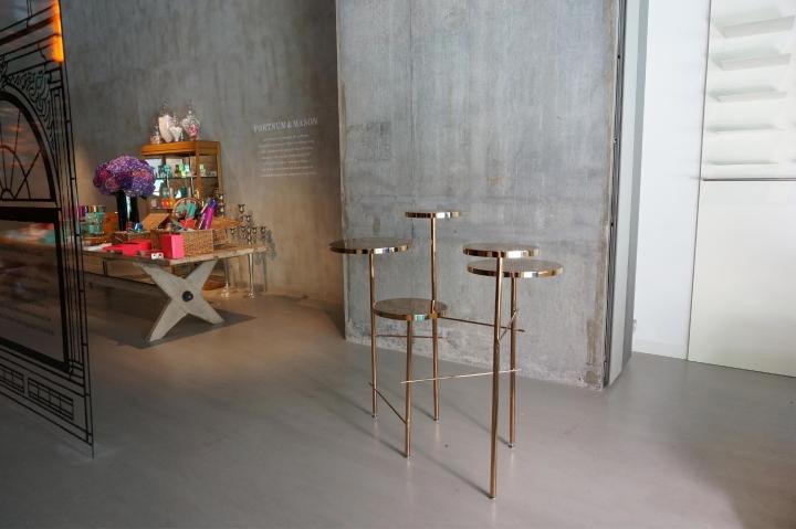 Прекрасные табуреты Trickle Trickle stool